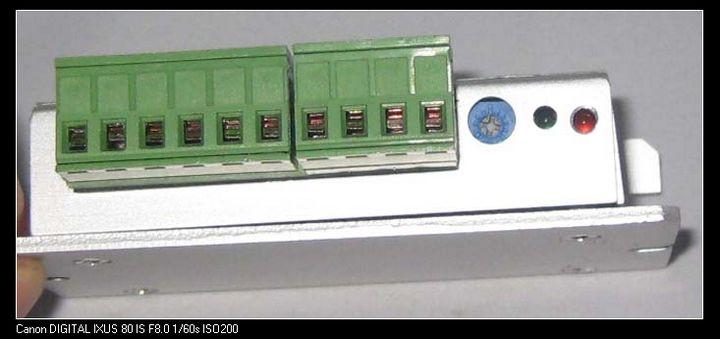 RC-2010型PWM直流调速器是一种低损耗PWM技术、工作电压范围宽(实测DC12V至DC40V可正常工作)、本调速器最大优点可以设定过流保护值、外形精巧、输出功率大、控制范围宽、灵敏度高、质量稳定等优点。 RC-2010型调速器安装方便,使用简捷。 用途:有刷电机调速、电磁电机调速、汽车冷却风机调速、汽车风机调速、汽车雨刷电机调速、管道排风机调速、跑步机调速、生产线传送带调速、电子扇调速、电动滑板调速、直流马达调速有刷大功率电机调速、多台电脑扇并联调速。 附上详细的产品照片: